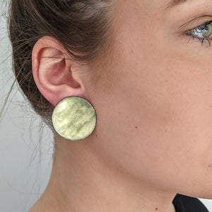Load image into Gallery viewer, Yellow Glow Disc earrings