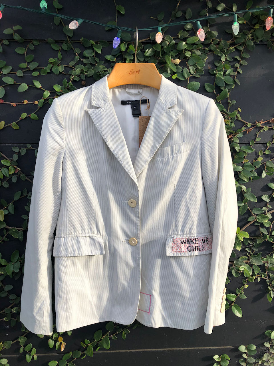Wake Up Girl Blazer in White