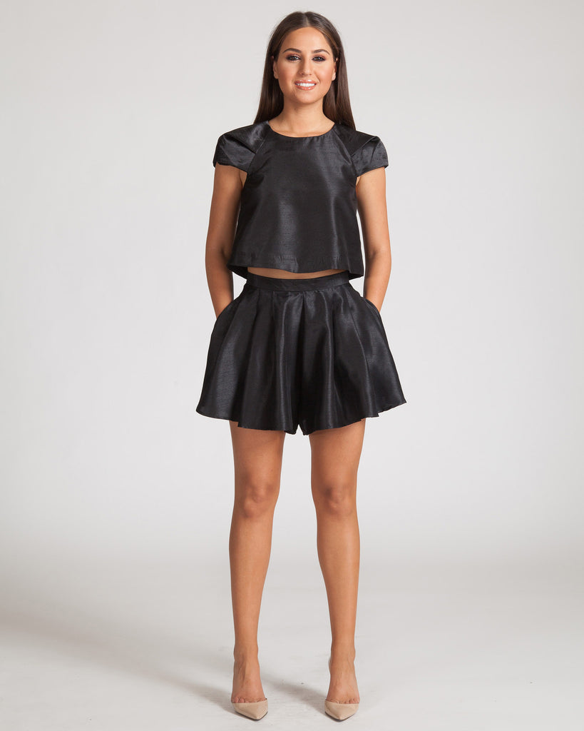 Cameo Help Me Shorts-Black