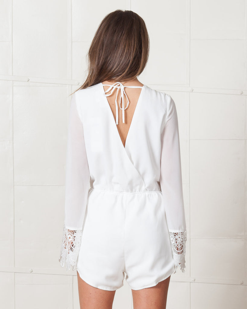Wyldr Kimono Lace Sleeve Ivory Romper