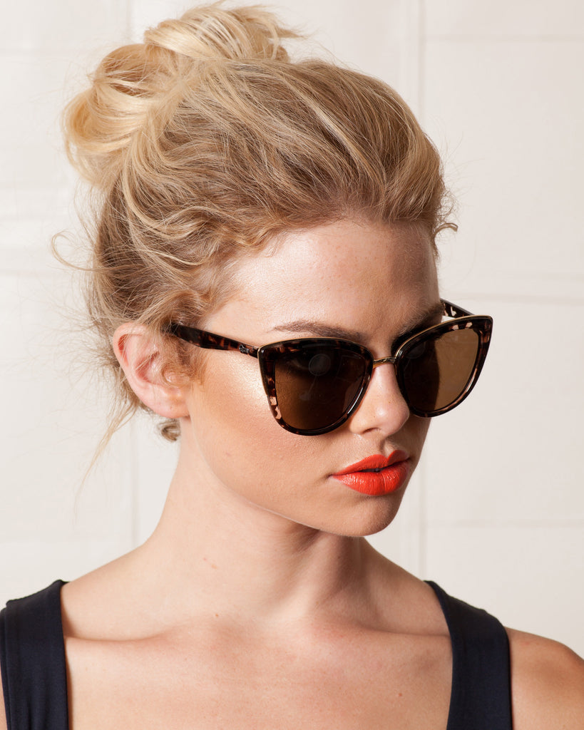 Quay My Girl Sunglasses-Tortoise