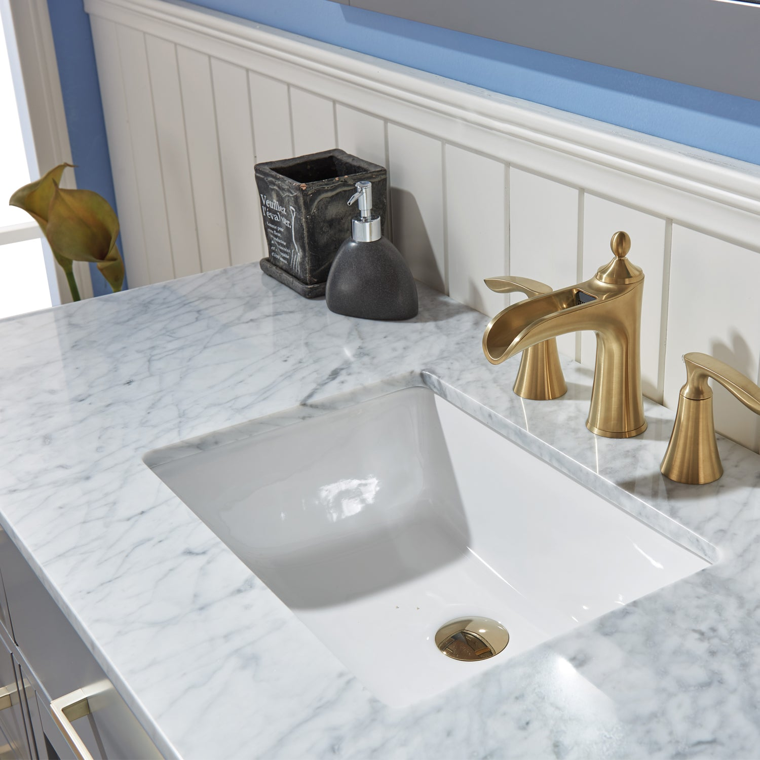"Ivy 48"" Single Bathroom Vanity Set in Gray and Carrara White Marble Countertop with Mirror"
