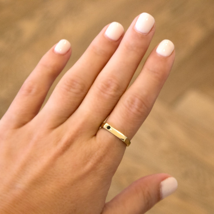 gold ring with engraved star