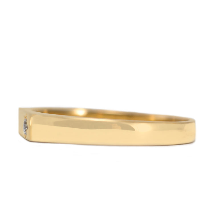 stackable gold ring with diamond