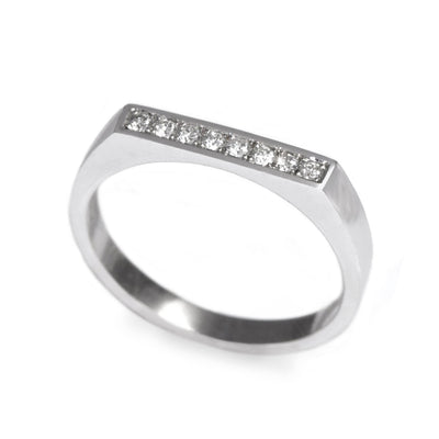 white gold ring with flat top