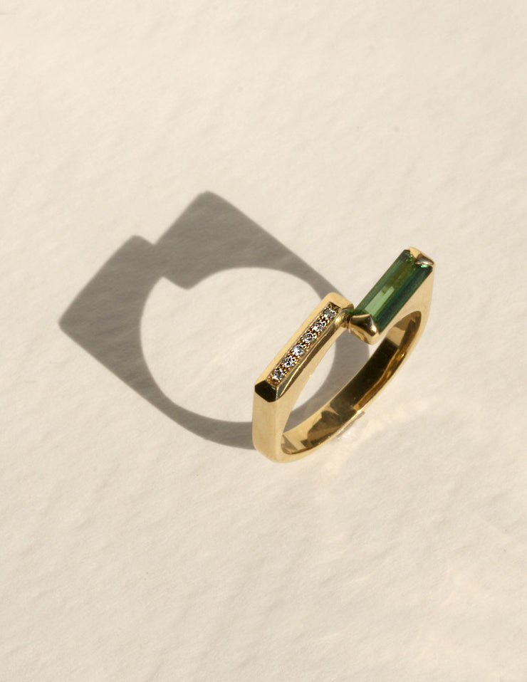 Nuuk Ring With Diamonds