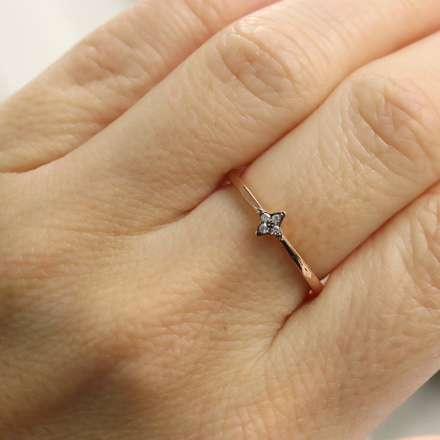 small star ring with diamonds