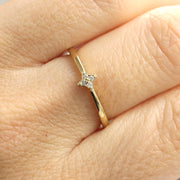 Mini Bey Ring - A star shaped ring