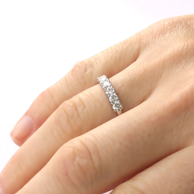 white gold white diamonds ring