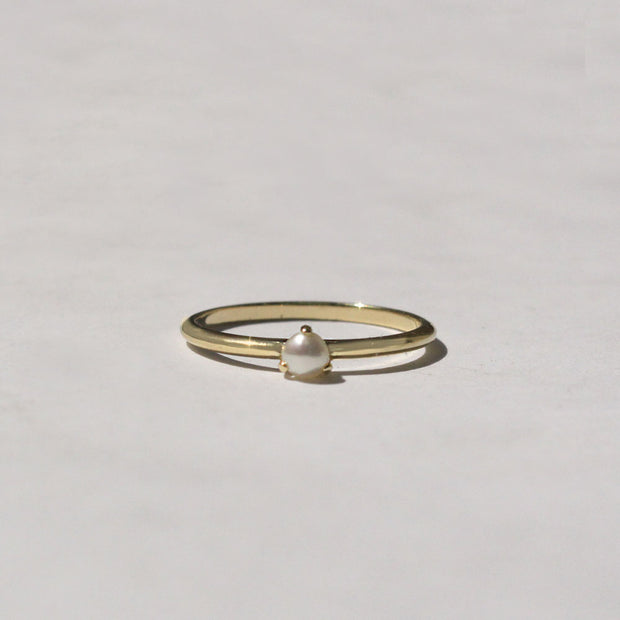 stacking ring with pearl