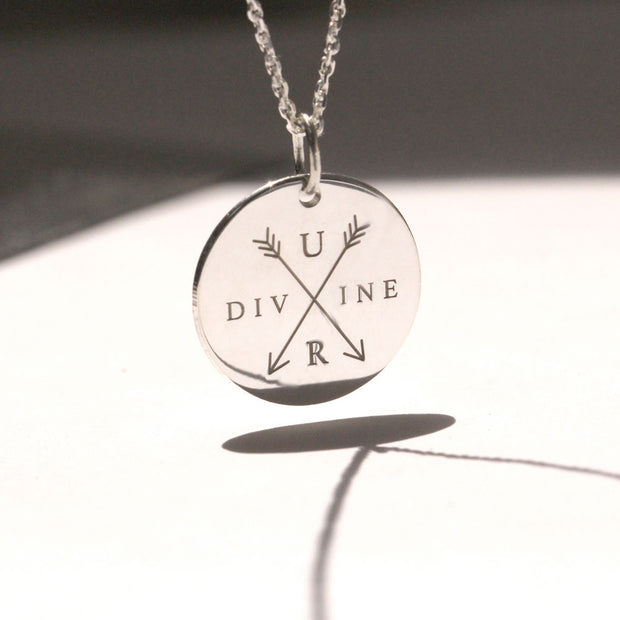 UR divine necklace