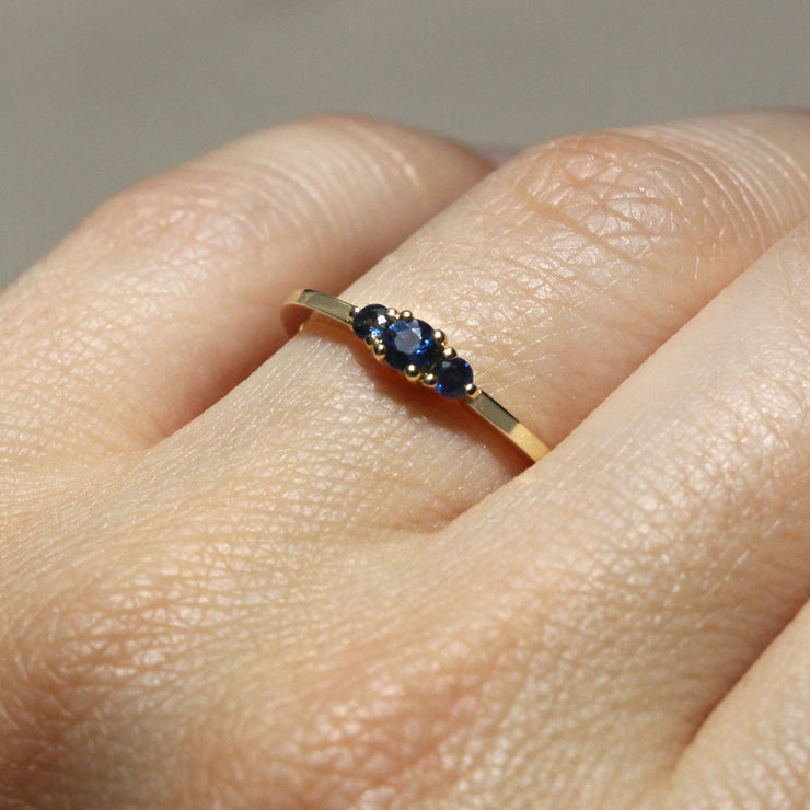 Audrey Gold Ring 3mm Sapphire