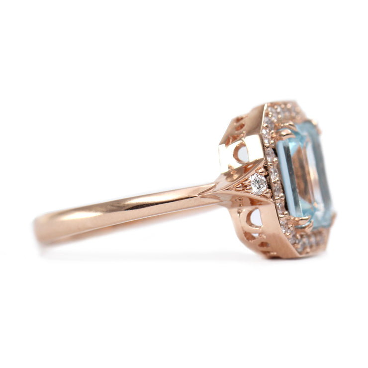 rose gold halo ring with aquamarine