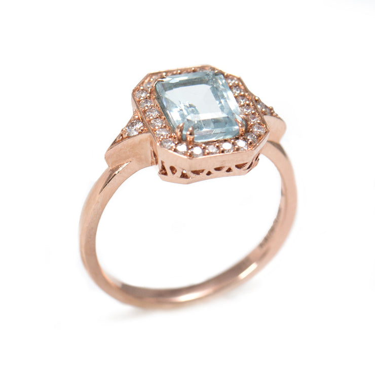 halo ring with aquamarine