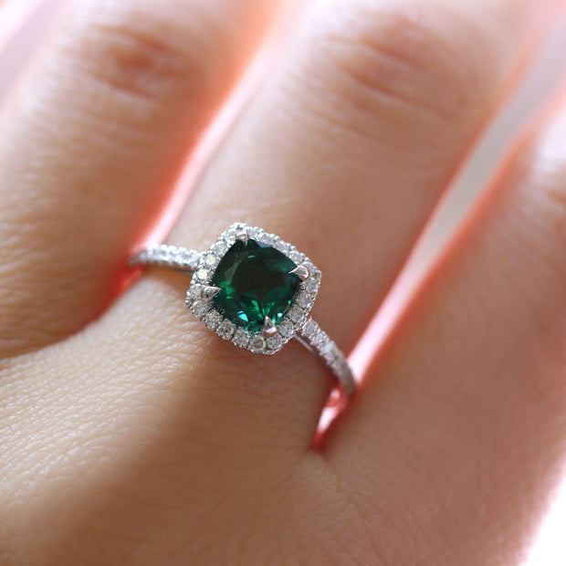 Rachel Ring With Emerald and Diamonds