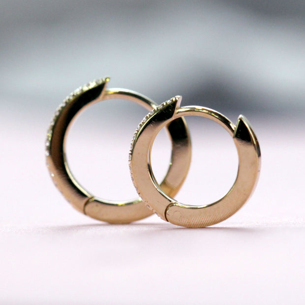 Medium Hoop Gold Earring with White Diamonds (Single)