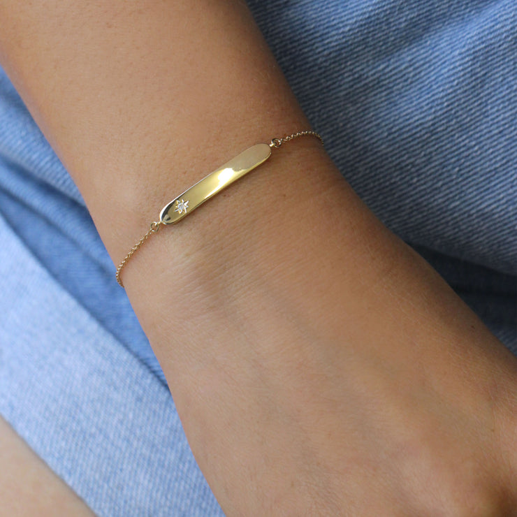 Florence Yellow Gold Bracelet With Star setting + Engraved