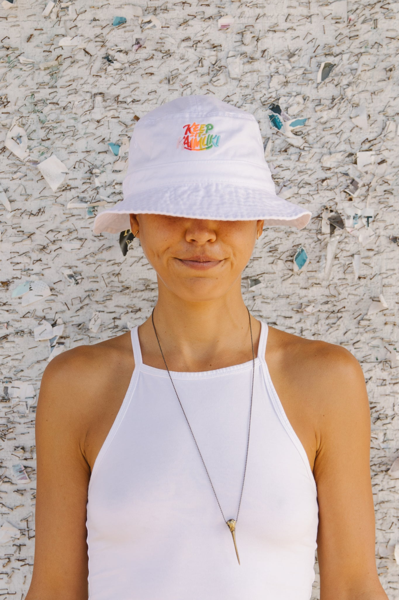 KIK Bucket Hat / White