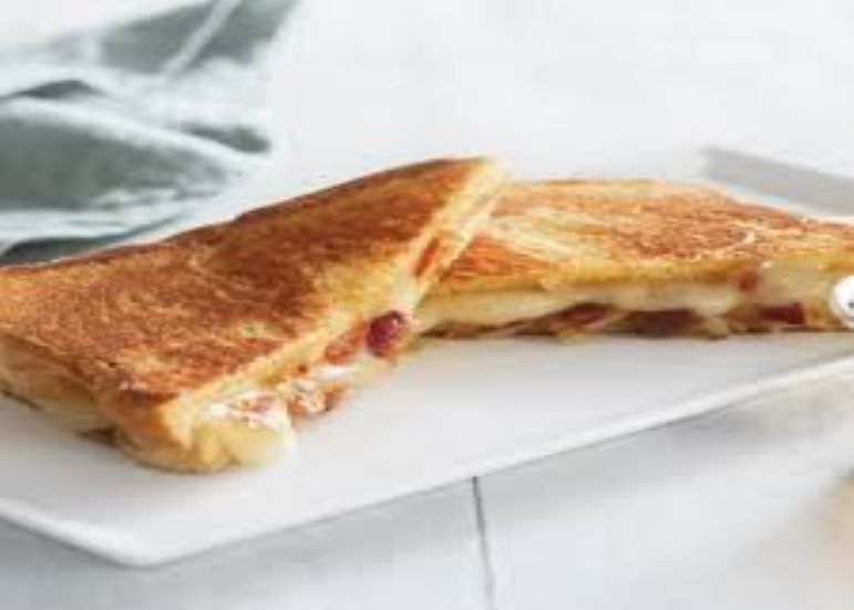 Grilled Cheese & Macon Sandwich