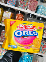 Strawberry frosted donut Oreos (American)