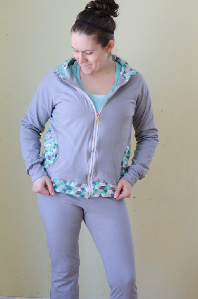 If Only They Would Nap's version of the Zinnia Jacket zippered sweatshirt sewing pattern by Blank Slate Patterns