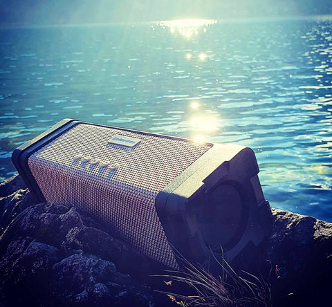 Green Juice Solar Bluetooth Speaker with bright led lamp and back up 20,000mAh battery. Loud, waterproof and shock resistant this is a go everywhere speaker. Perfect for Summer music.