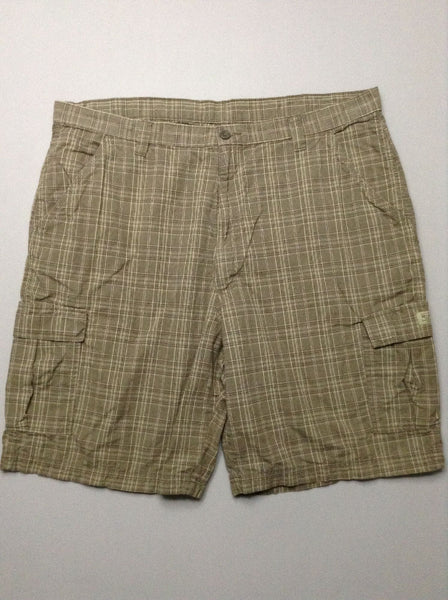 Green Plaid Cargo Shorts, Size: 43.0