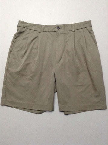 Green Plain Casual Shorts, Size: 33.0