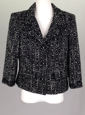 Black Pattern Traditional Coat, Size: 6 R