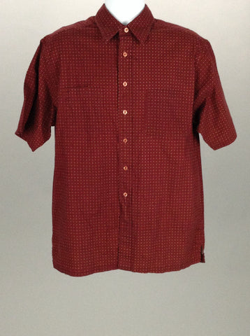 Red Pattern Casual Button Up Shirt, Size: Medium