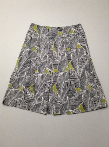 Black Pattern Pleated Skirt, Size: 8 R