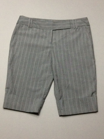 Gray Plaid Dress Shorts, Size: 7 R