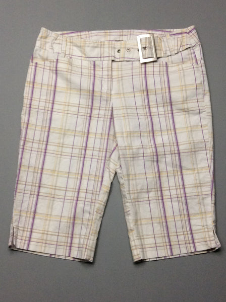 White Plaid Casual Shorts, Size: 5 R