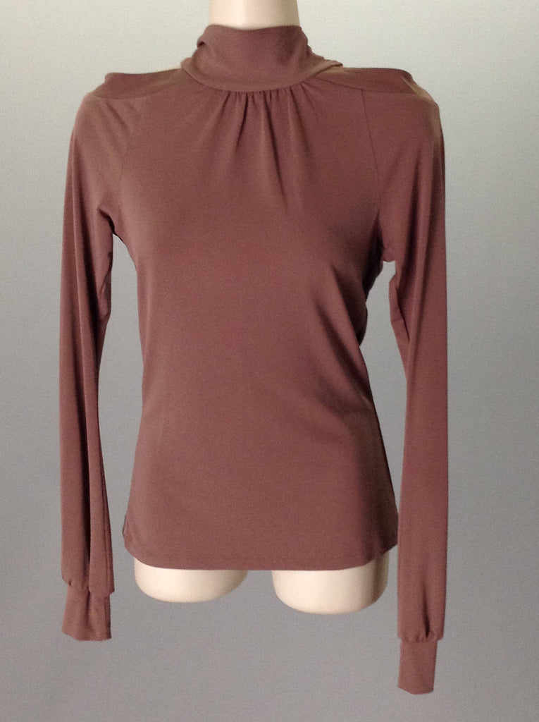 Moda international 95% Polyester 5% Spandex Traditional Blouse Size: Small