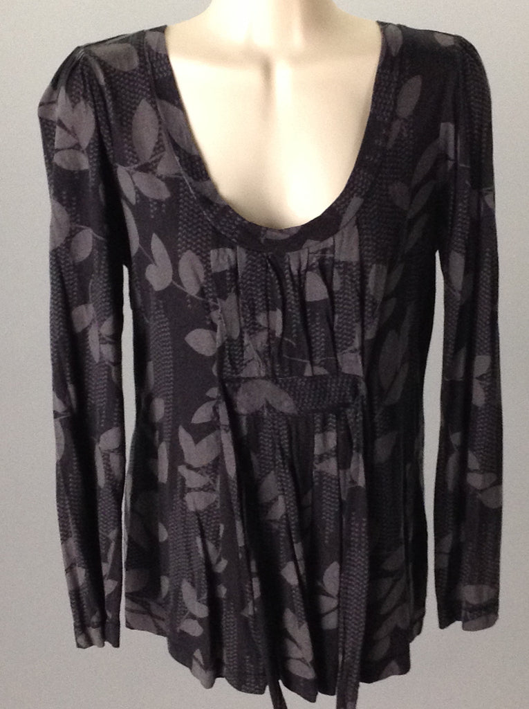 Elle Black Pattern Traditional Blouse Size: Medium