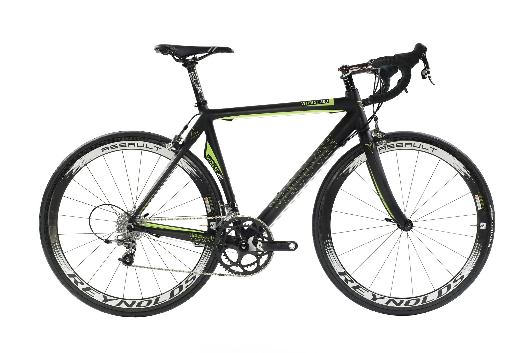 Vitesse 300 besides 118712140154789653 besides Post vector Bike Tracks 42220 likewise Road bikes moreover Shimano Steps E Bike System 1742. on falling off bike