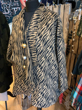 Load image into Gallery viewer, Religion tiger print coat