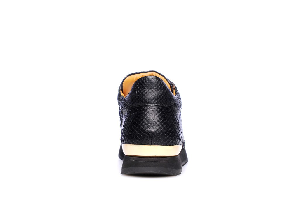gold sneakers, black sneakers, luxury sneakers, low top sneakers, runners, versace sneakers, vinceo, vinceo brand, vinceo collection, balenciaga sneakers, gucci sneakers, new collection