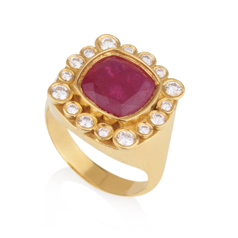 Cleopatra imperial ring