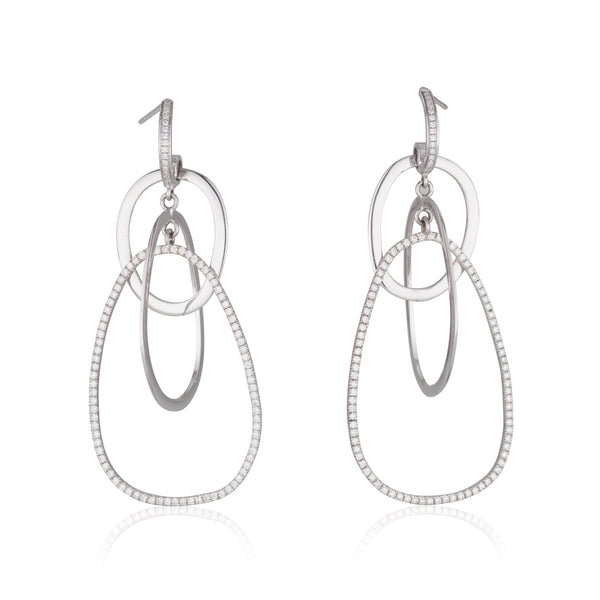 Diamonds hoop earrings