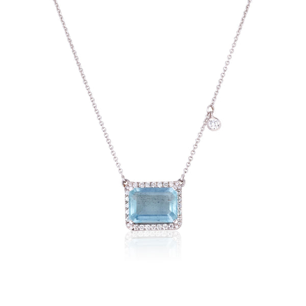 A sophisticated Emerald cut Aquamarine and diamonds necklace