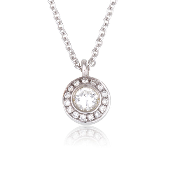 Dazzling diamond cluster necklace