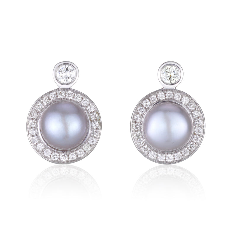 Classic diamonds and pearls studs