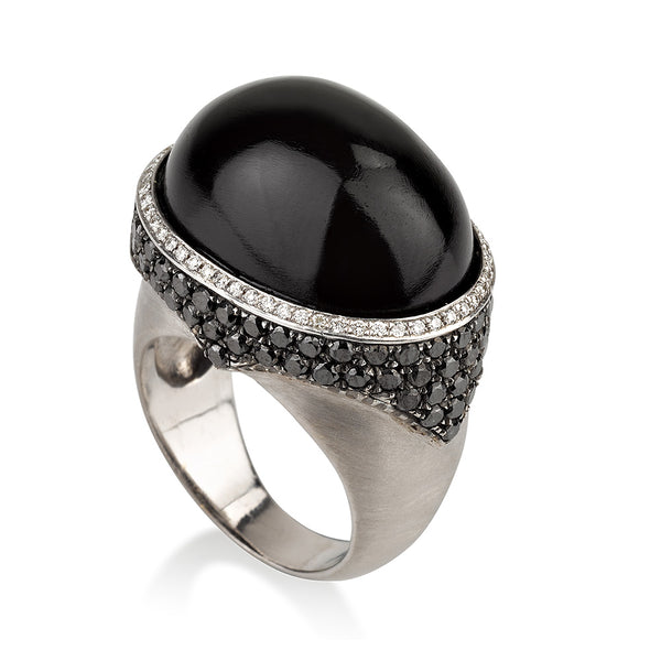 Salt & Pepper oval statement ring with black and white diamonds
