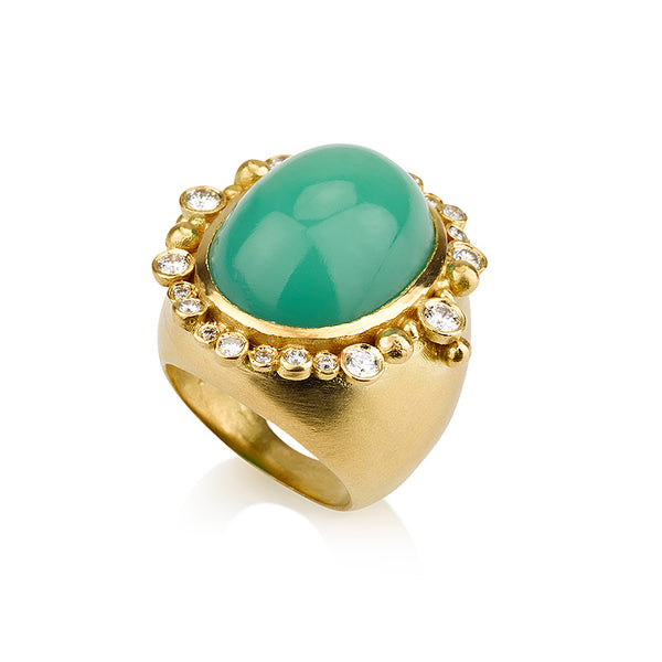 Cleopatra oval ring