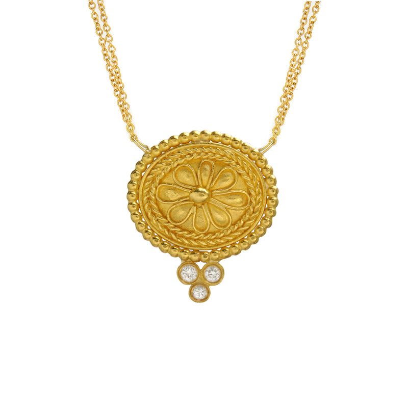 Rosette oval necklace with diamonds