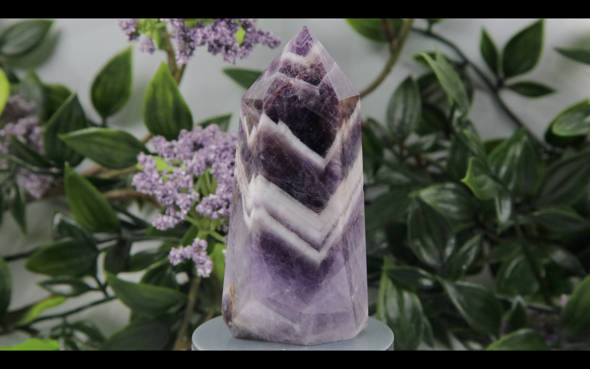 Chevron Amethyst Tower 110.5g 76.2mm x 38mm