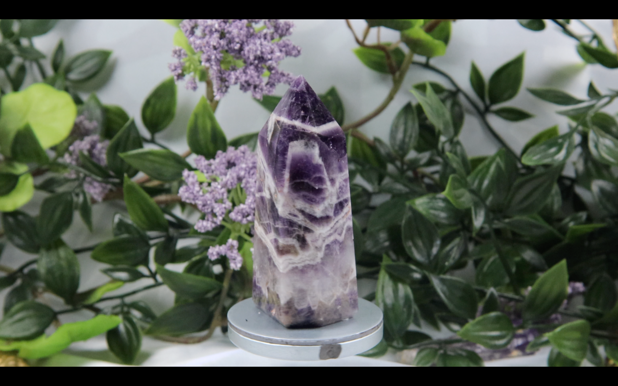 Chevron Amethyst Tower 98.7g 78.7mm x 33mm