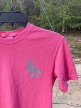 Load image into Gallery viewer, Knee Deep Pink & Grey Short Sleeve