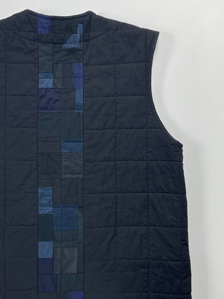 Load image into Gallery viewer, midnight quilted vest